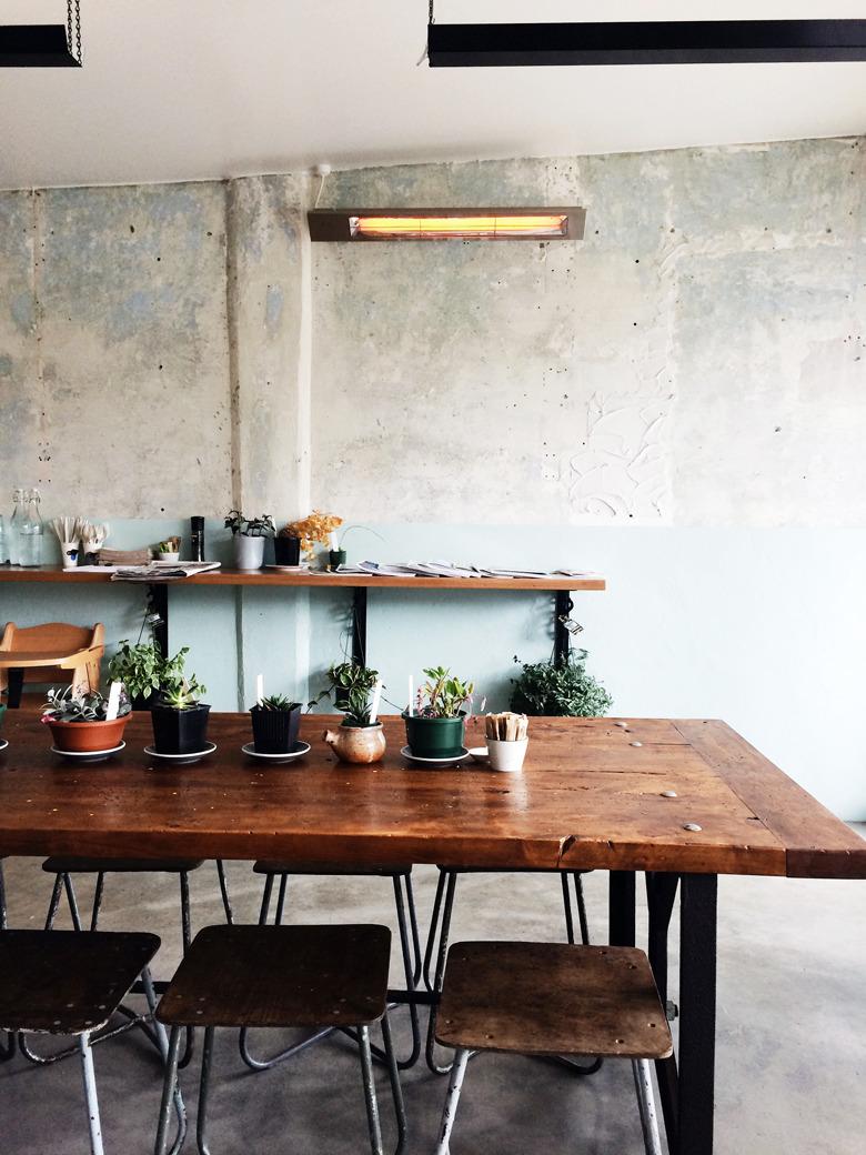 Places To Kitchen Tables Abc Kitchen Open Table Facepiczcom