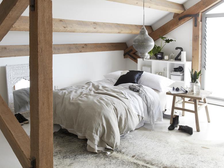 IHC_Interiors_Bed_03